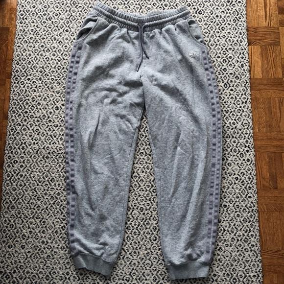 adidas grey 3 strip drawstring joggers size M